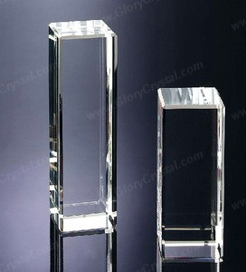 Retângulo paperweight cristal óptico, que pode gravar seu logotipo personalizado ou imagem dentro do peso de papel.